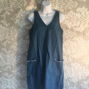 Old Navy V neck denim dress size Medium EUC